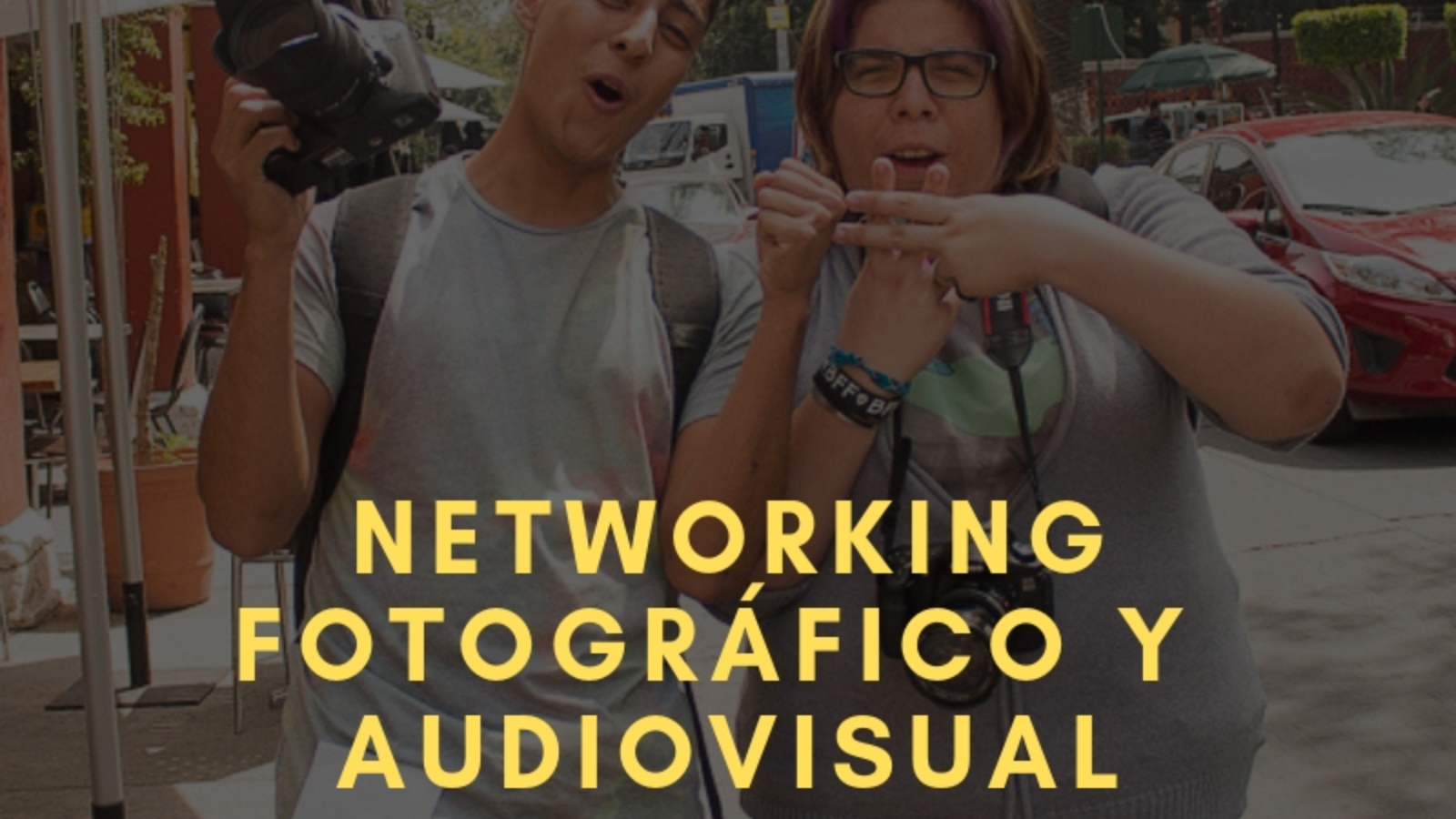 Noche de networking fotográfico y medios audiovisuales